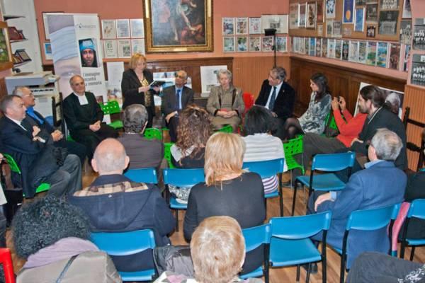 Lidia Corbezzolo presenta l'evento: fra gli ospiti l'onorevole Maria Pia Garavaglia e il ministro Enrico Granara